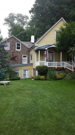 Moore's Mountain Inn Bed & Breakfast : Beautiful B&B