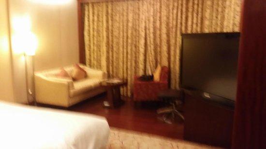 Futian Shangri-La Shenzhen: nice room