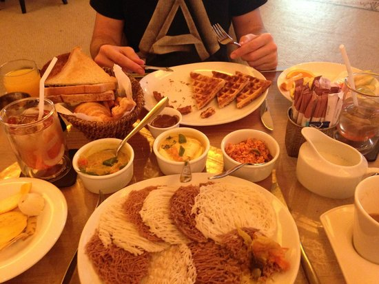 CASA Colombo Collection: Desayuno