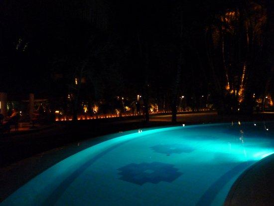 Beachcomber Le Canonnier Hotel: Ambiance nocturne