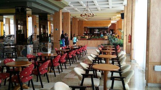 Aguamarina Golf Hotel: Salon de spectacle