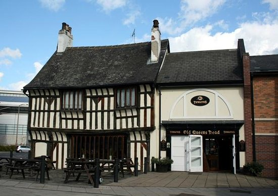 The Old Queen's Head: General View