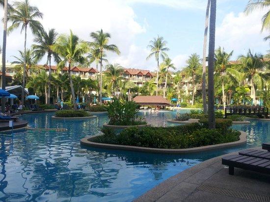 bagno picture of phuket marriott resort spa merlin. Black Bedroom Furniture Sets. Home Design Ideas