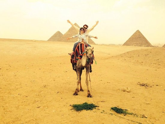 Egypt Excursions Online - Day Tours: Camel ride to pyramids