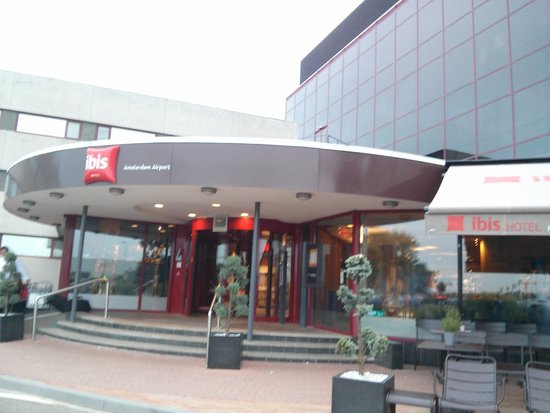 Ibis Budget Amsterdam Airport: Entrance Area