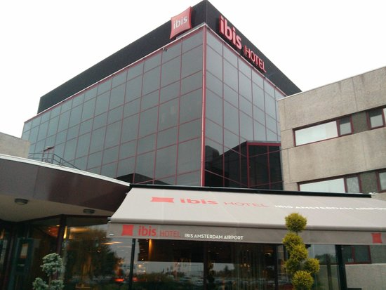 Ibis Budget Amsterdam Airport: Other Enterance