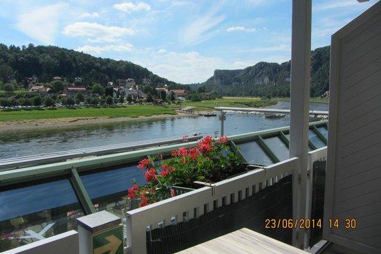 Hotel Elbschlösschen: view from room