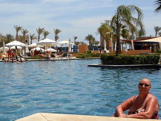 Siva Port Ghalib : the pool