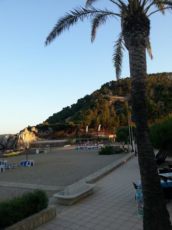Veraclub Ibiza: Dalla veranda dove si mangia