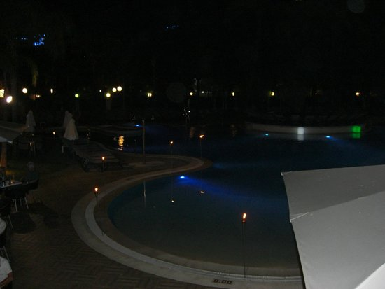 H10 Andalucia Plaza: pool at night