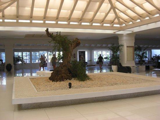 H10 Andalucia Plaza: foyer