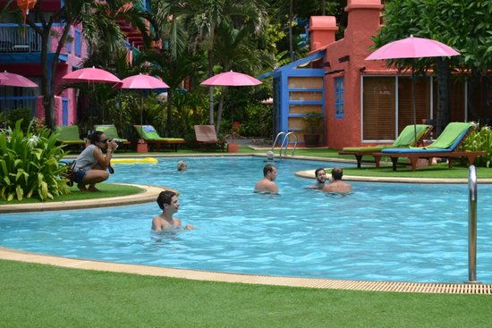 Baan Samui Resort: pool area