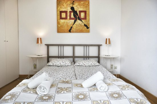 The Opera Residence : bedroom