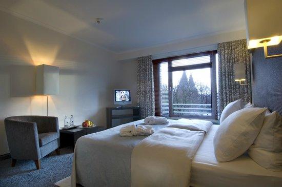 Radisson Blu Senator Hotel : Junior Suite Sleeping Room