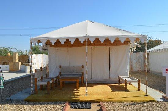 Hotel Rawalkot Jaisalmer: Swiss tent