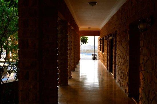 Hotel Rawalkot Jaisalmer: Hallway