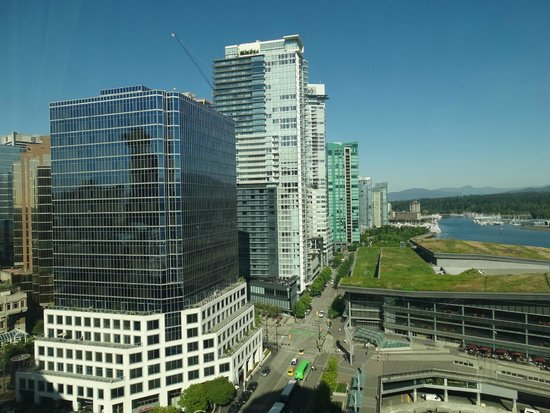 Pan Pacific Vancouver: Pan Pacific Room View