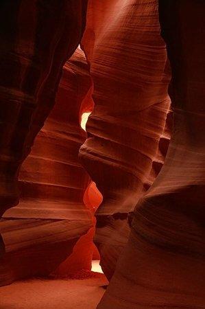 Antelope Slot Canyon Tours : Empty canyon :)