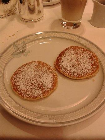 Hotel Prinsenhof Bruges: Pannenkoekjes