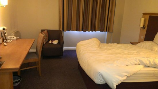 Premier Inn Glasgow City Centre (George Square) Hotel: Firm bed