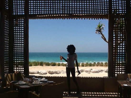 Anantara Sir Bani Yas Island Al Yamm Villa Resort: Time for cocktail