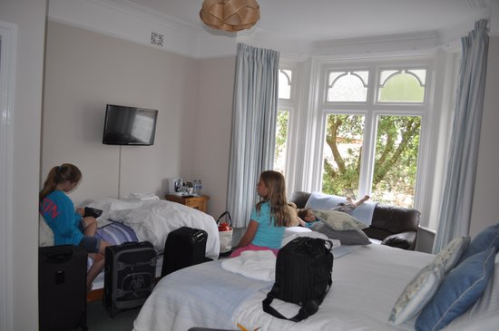 Beach Lodge: Beautiful room, even with all of our stuff in it