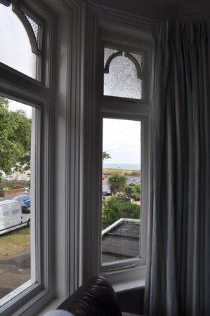 Beach Lodge Guest House: See the ocean?