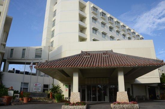 Hotel Miyahira: ホテル正面です。