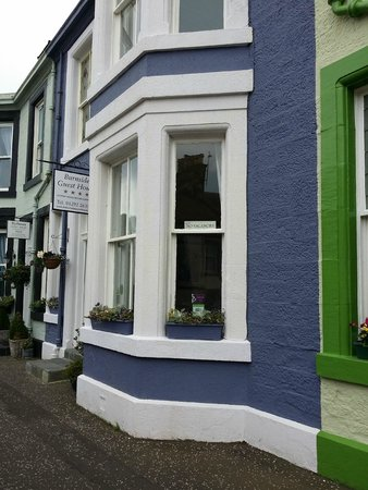 The Burnside Guest House : Street view