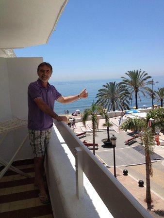 Aparthotel Puerto Azul Marbella: nice balcon