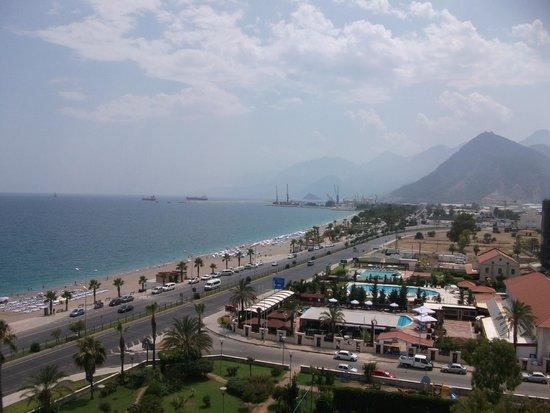 Porto Bello Hotel Resort & Spa: View From Room