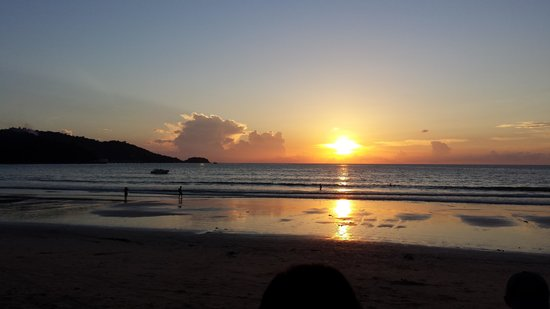 Horizon Patong Beach Resort & Spa : sunset at patong