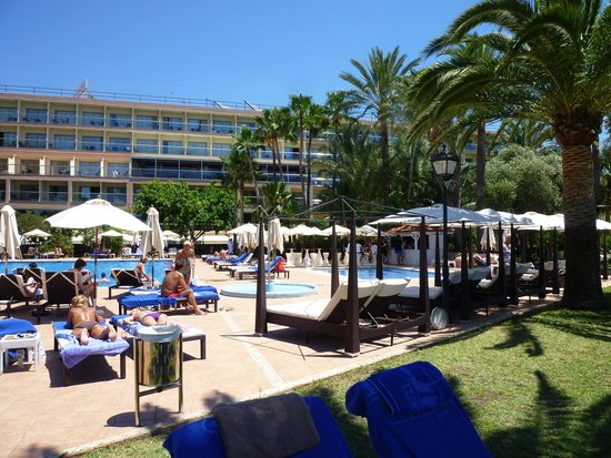THB Los Molinos: Entspannter Poolbereich