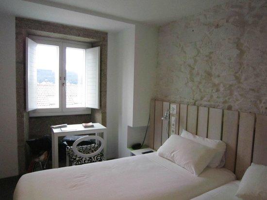 Hotel Moure: Bedroom
