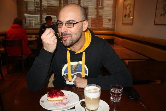 Restaurant Sprüngli am Paradeplatz: Basta foto che devo mangiare