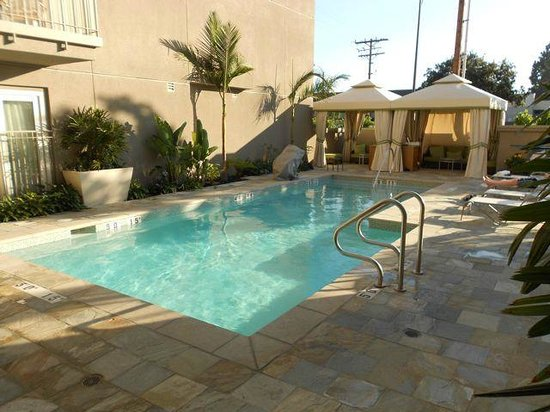Hotel Amarano Burbank: Pool