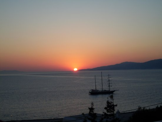 Madalena Hotel: sunset on Mykonos