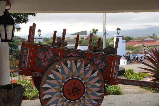 Hotel Bougainvillea: lobby