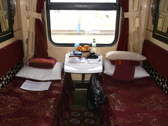 Trans-Siberian Railway - Day Trips : Bolshoi compartment - Zarengold train