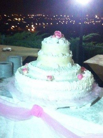 Casale Colle dell'Asino: torta nuziale