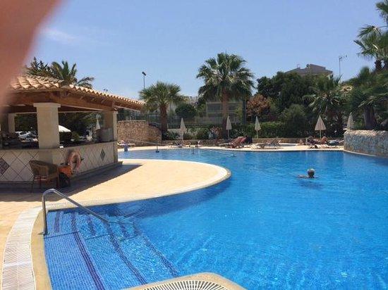 OLA Hotel El Vistamar: lovely pool area