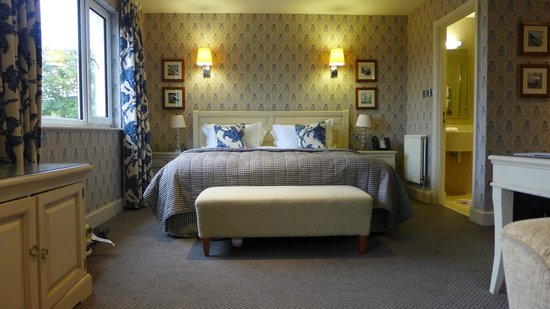 Fermain Valley Hotel: Masterbed