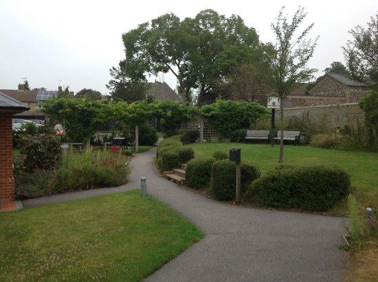 The Red Lion Inn: The garden
