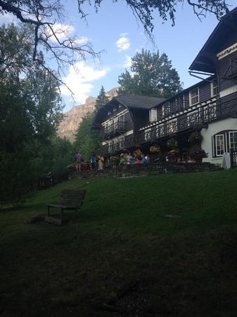Lake McDonald Lodge : lodge