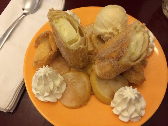 Vittles: Deep fried cheesecake with baileys white chocolate ice cream.