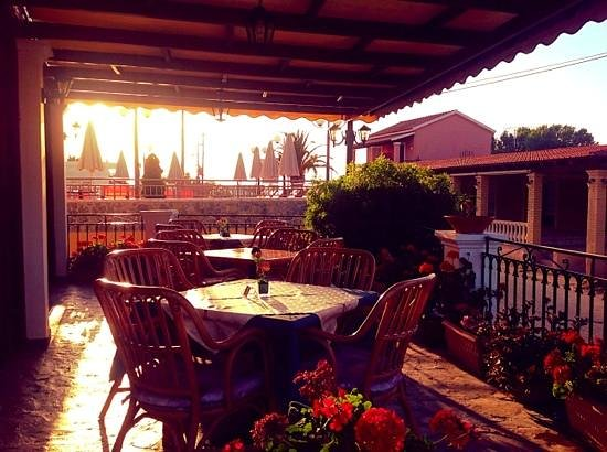 Perros Hotel: sunset at the Perros