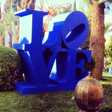 Sofitel Marrakech Lounge and Spa: Art installation