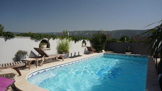 Hotel L'Oasis: piscine du restaurant