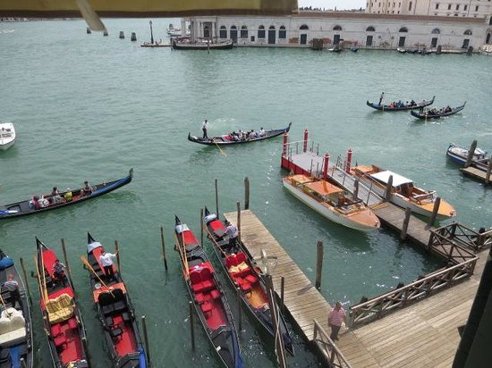 Hotel Monaco & Grand Canal: View from our suite 329
