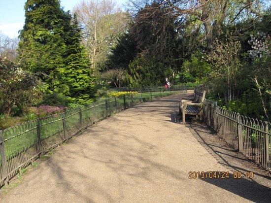 Hyde Park: ケンジントン側から